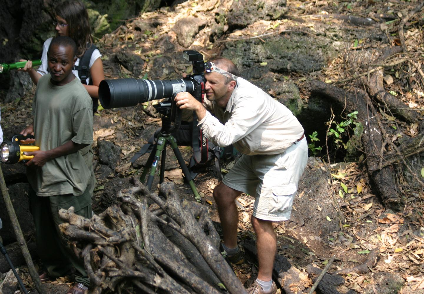 Fotographing in the bat's cave (Queen Elizabeth NP, Uganda)