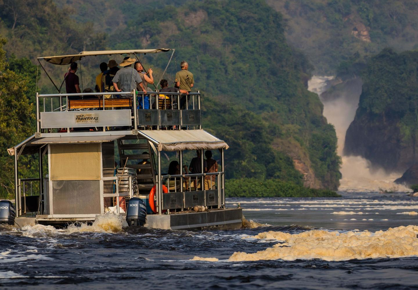 Boat cruise on Victoria Nile up stream to the Falls (Murchison Uganda)